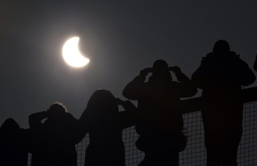 britain-europe-solar-eclipse-9084eab8f51dc8d5